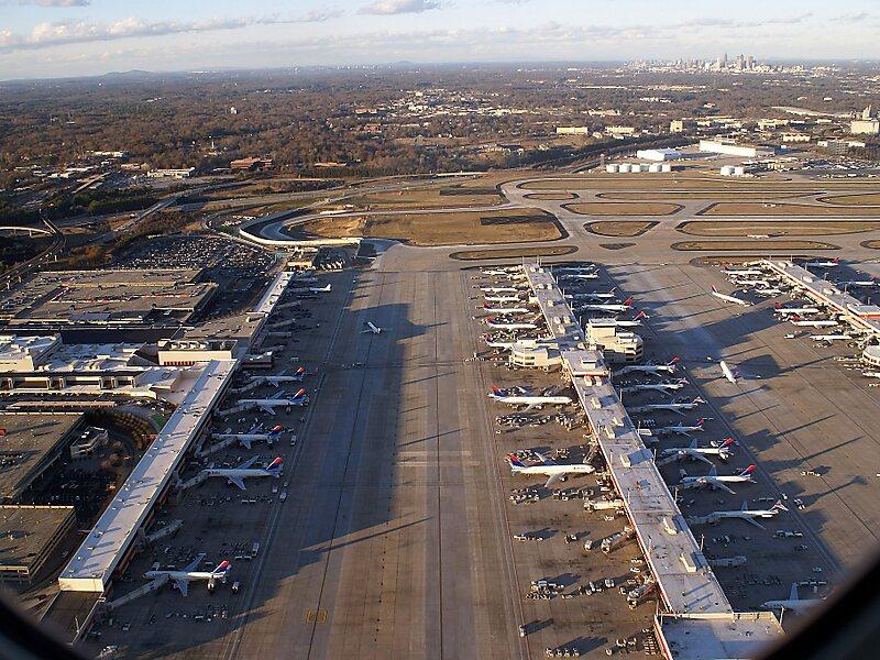 Muitas vezes Aeroporto Internacional de Atlanta Hartsfield-Jackson - Georgia  HQ89