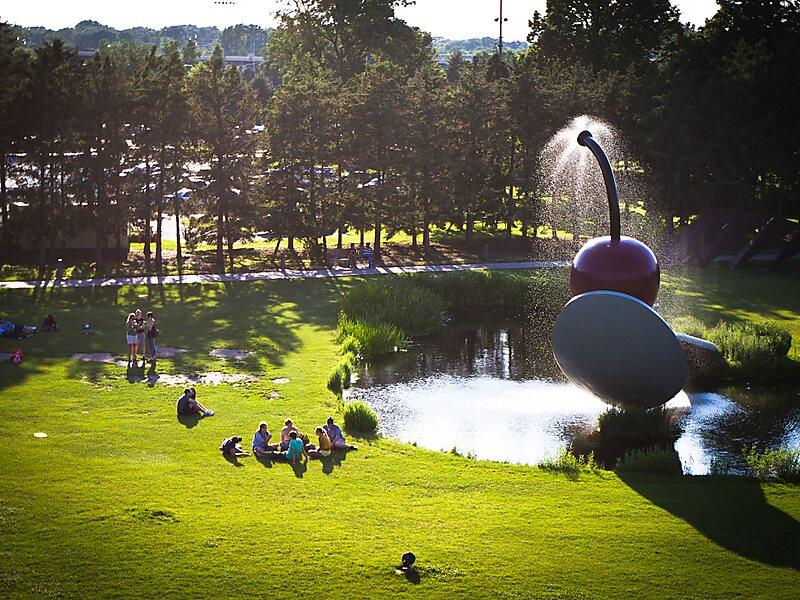 Minneapolis Sculpture Garden In Minneapolis Usa Sygic