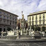 Fontana del Nettuno Naples, Italy